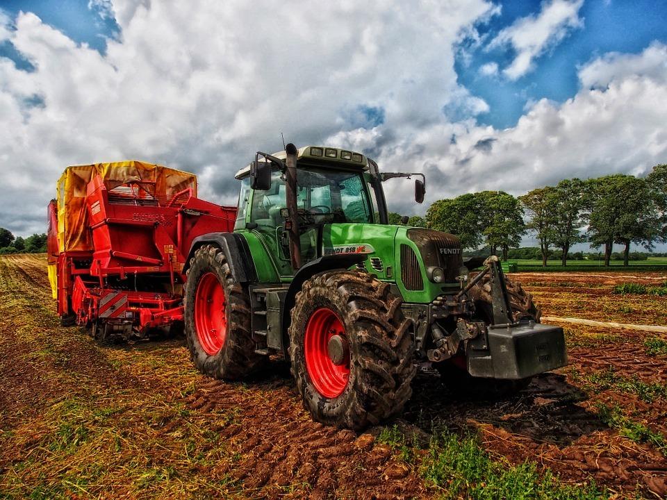 Diputación reúne a más de 100 emprendedores del sector agroalimentario