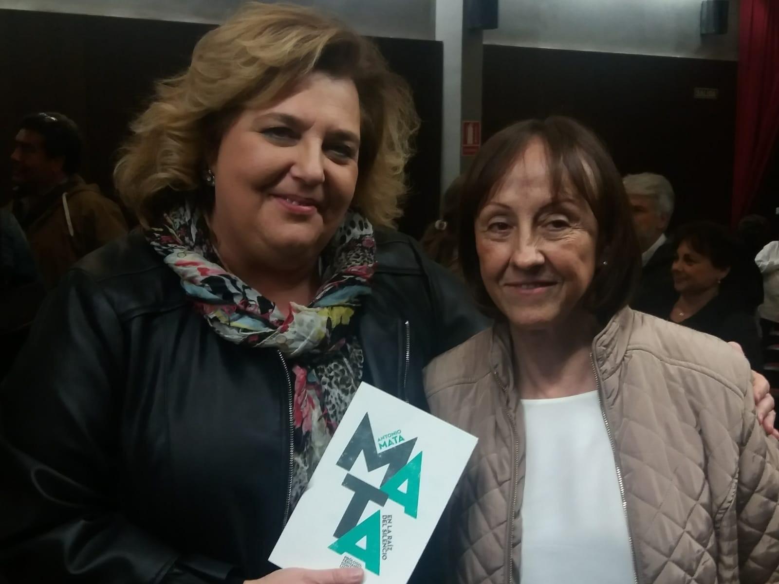 La Diputación edita un libro de versos e ilustraciones inéditas del poeta Antonio Mata