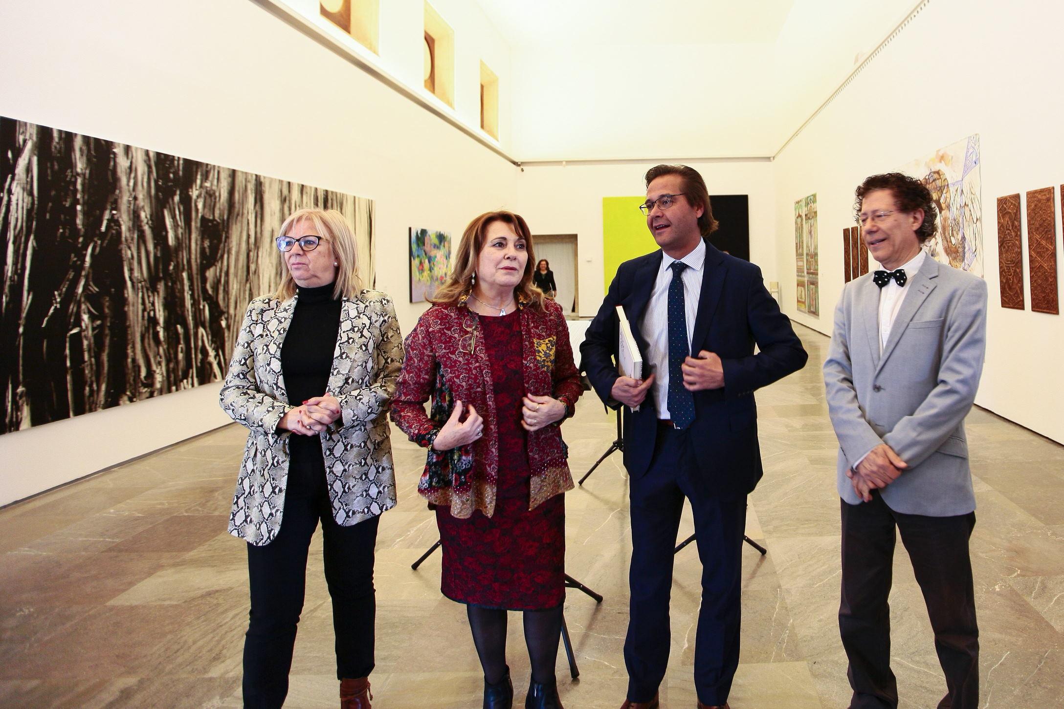La exposición 'La Alhambra interpretada: sonidos, imágenes y palabras' se suma a la oferta cultural del monumento nazarí