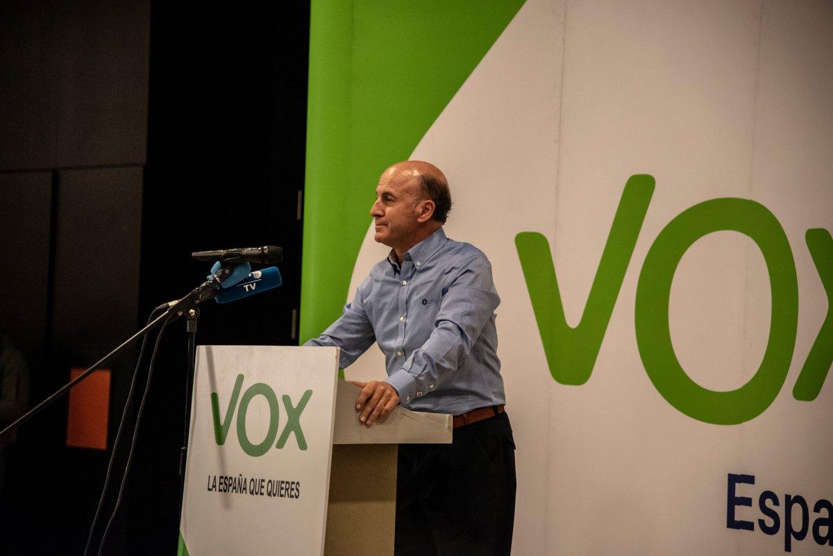 Vox cesa a su presidente en Granada después de trascender que fue condenado por estafa