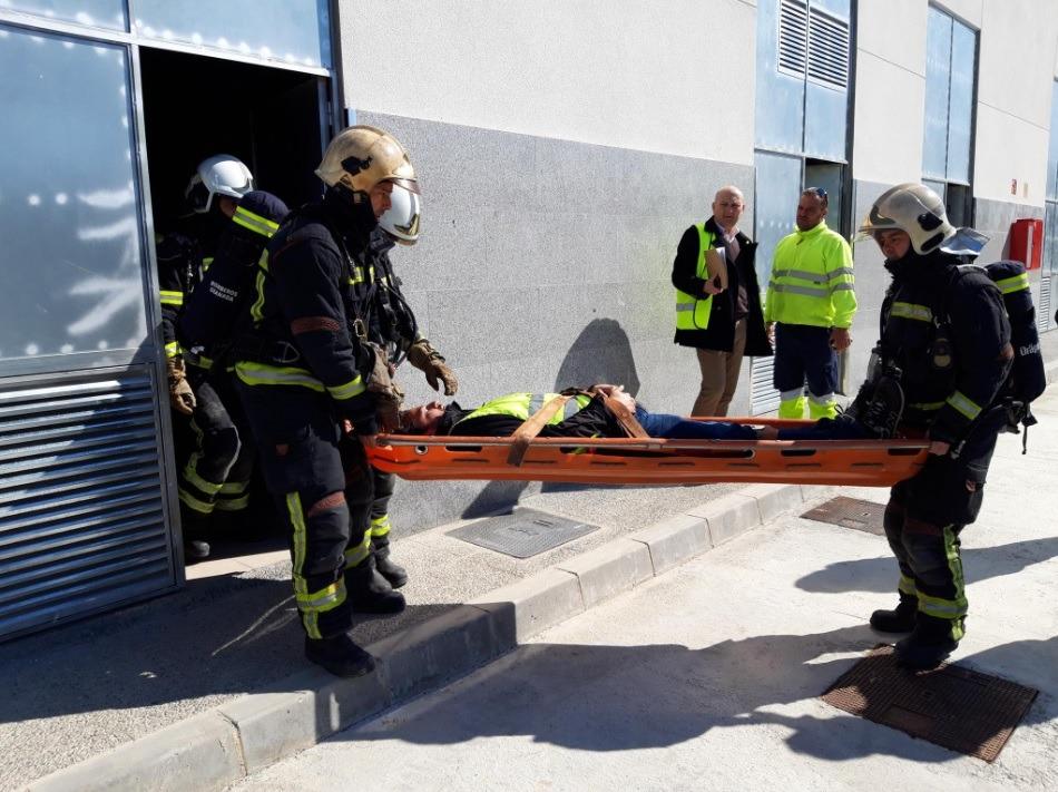 Un simulacro pone a prueba la capacidad de respuesta de la estación de ferrocarril ante una emergencia