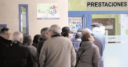 2500 personas mayores de 52 años se beneficiarán en Granada de la recuperación del subsidio por desempleo