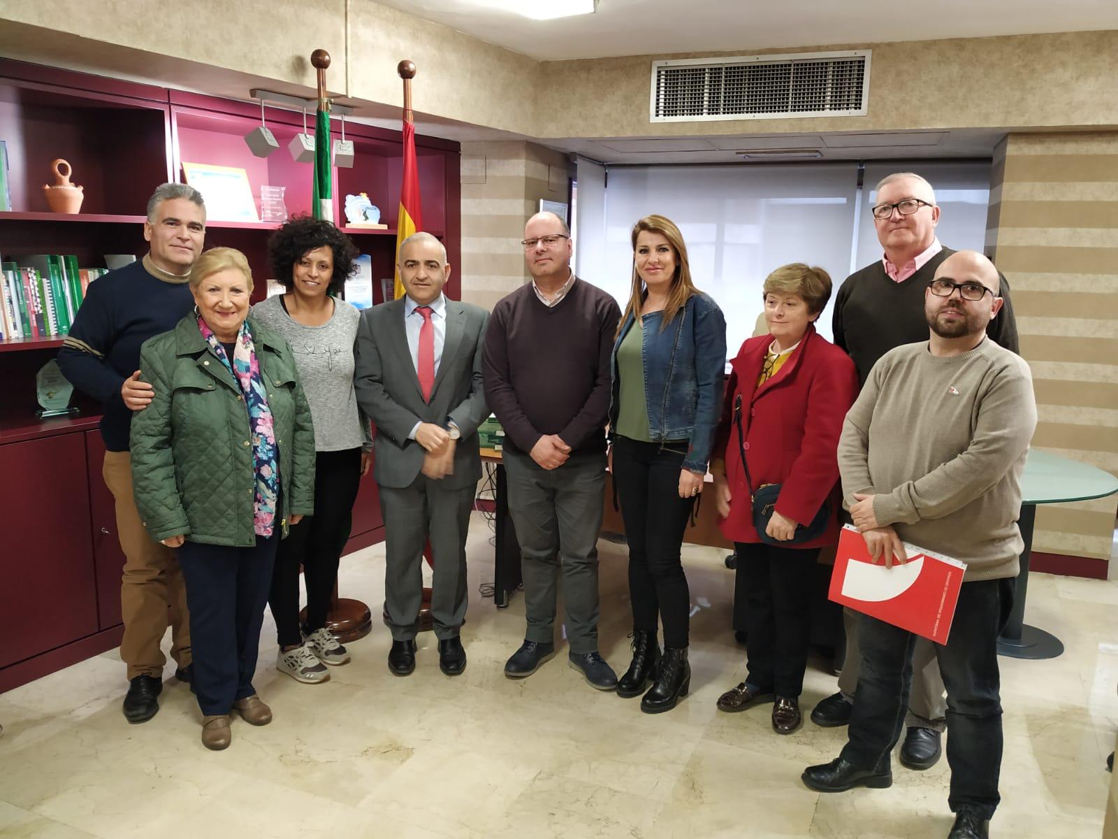 El delegado de Igualdad y Políticas Sociales se reúne con la Plataforma de Voluntariado de Granada