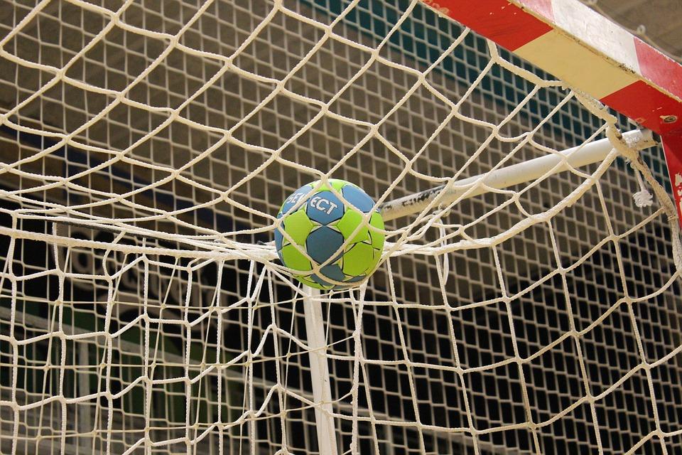 La Junta destina una partida de 145.000 euros para ayudar a 65 clubes deportivos de la provincia