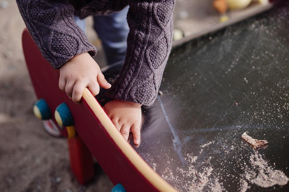La Junta amplía los recursos de atención a la infancia en Granada