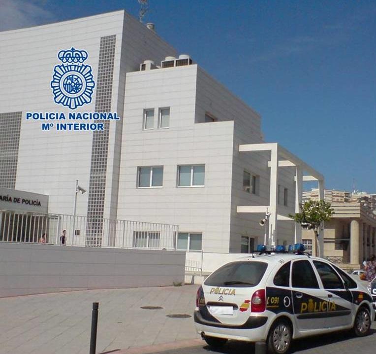 Piden 7 años de cárcel a un ladrón que entró en la vivienda escalando la fachada