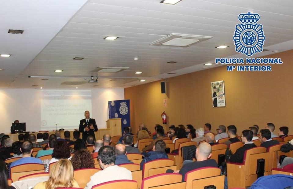 La Policía Nacional imparte jornadas formativas sobre el Plan Antiterrorista a personal de empresas de Seguridad Privada