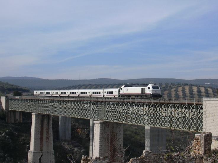 La línea Granada – Bobadilla cumple cuatro años de cierre mientras crece la incertidumbre técnica acerca de su futuro