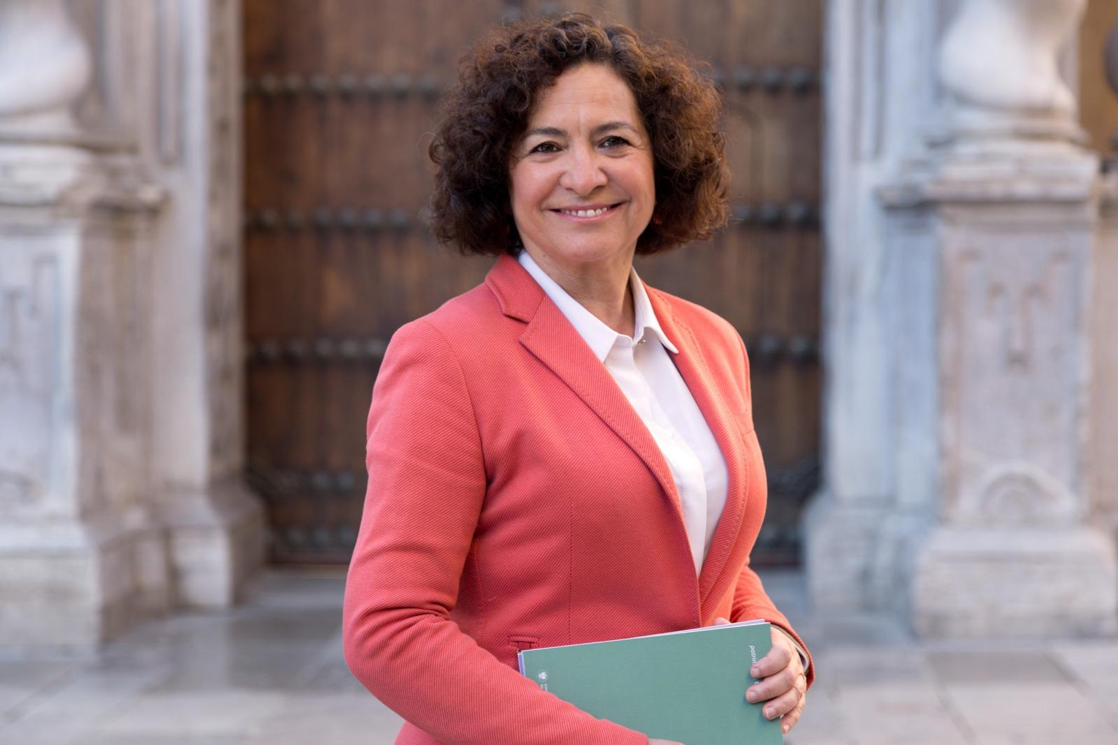 Pilar Aranda, sin oponentes, explicará al colectivo universitario su programa para renovar como rectora