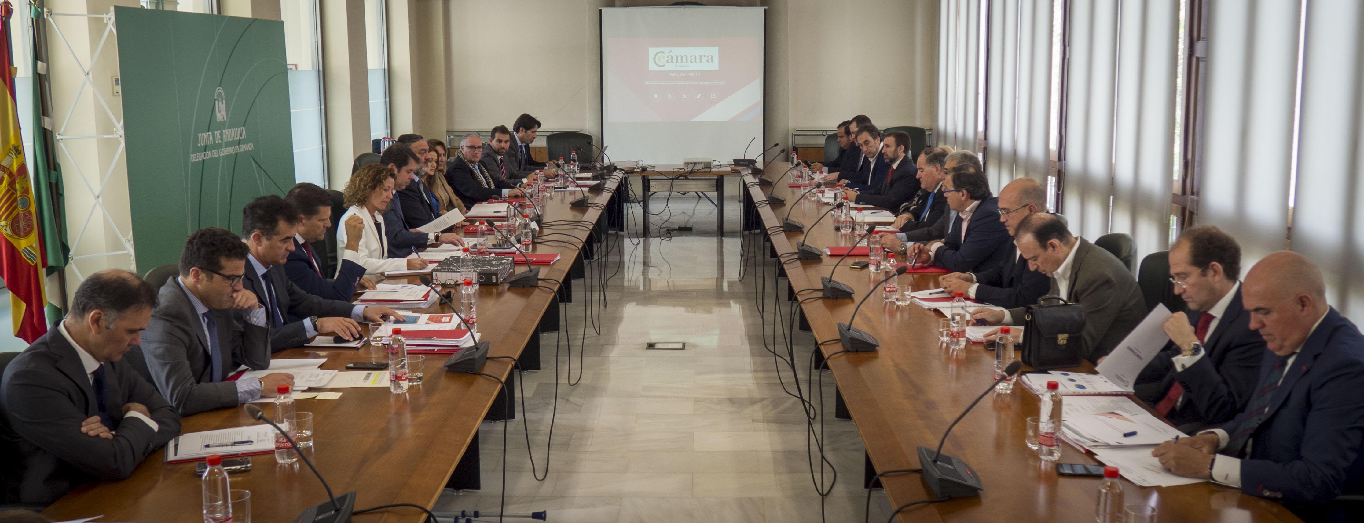 Cámara Granada acerca el mercado de Emiratos Árabes Unidos a las empresas de la provincia