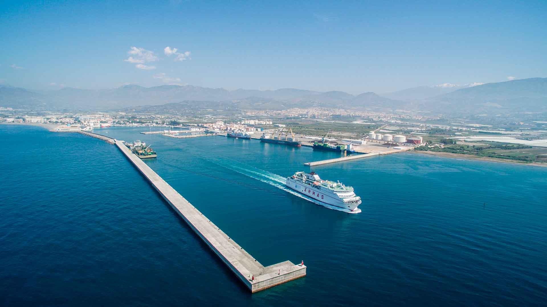La Junta solicitará al Gobierno la conexión ferroviaria entre Granada y el Puerto de Motril