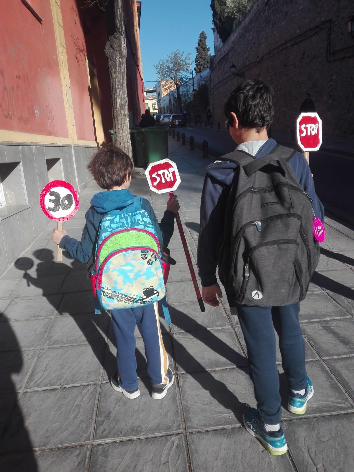 Varias AMPAS de Granada se movilizan contra la contaminación