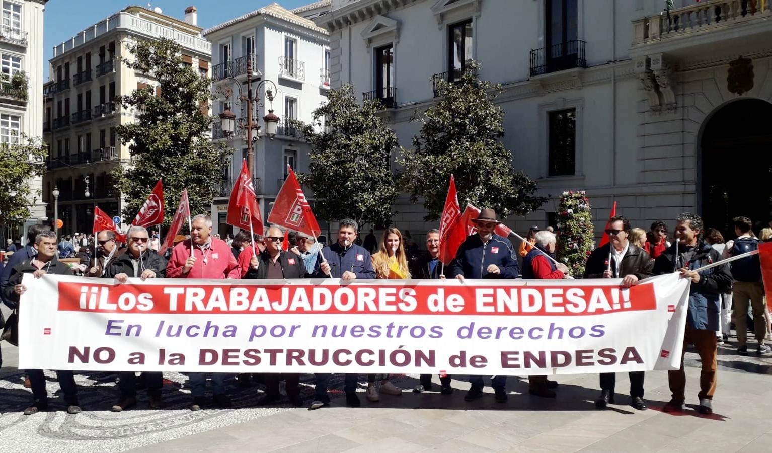Trabajadores de Endesa se movilizan para exigir «la firma de un convenio digno»