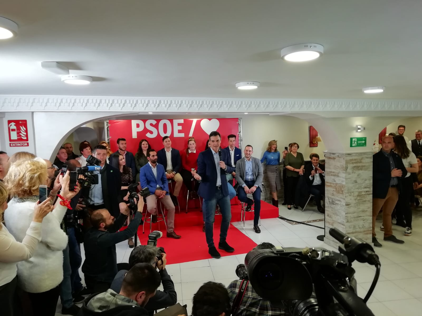 #28A: Pedro Sánchez llama a agrupar el voto de izquierdas en torno al PSOE para frenar «la suma de las derechas»