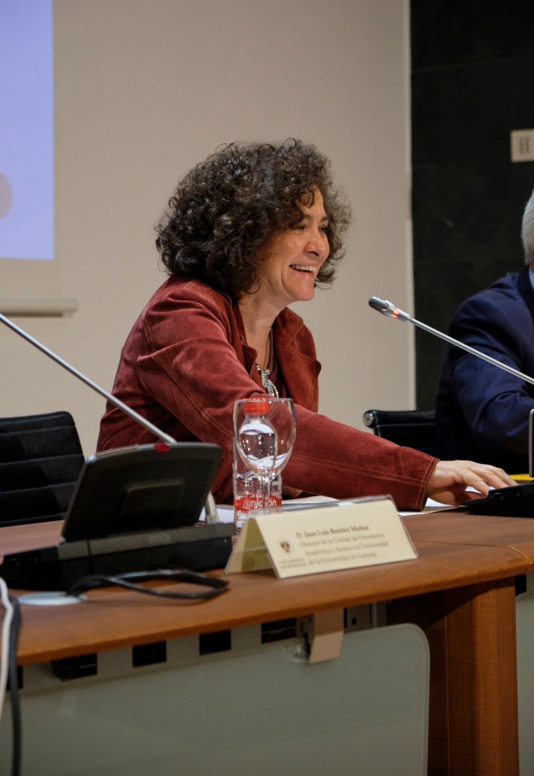 Pilar Aranda mantiene que el proyecto para ubicar el acelerador de partículas en Escúzar va «por buen camino»