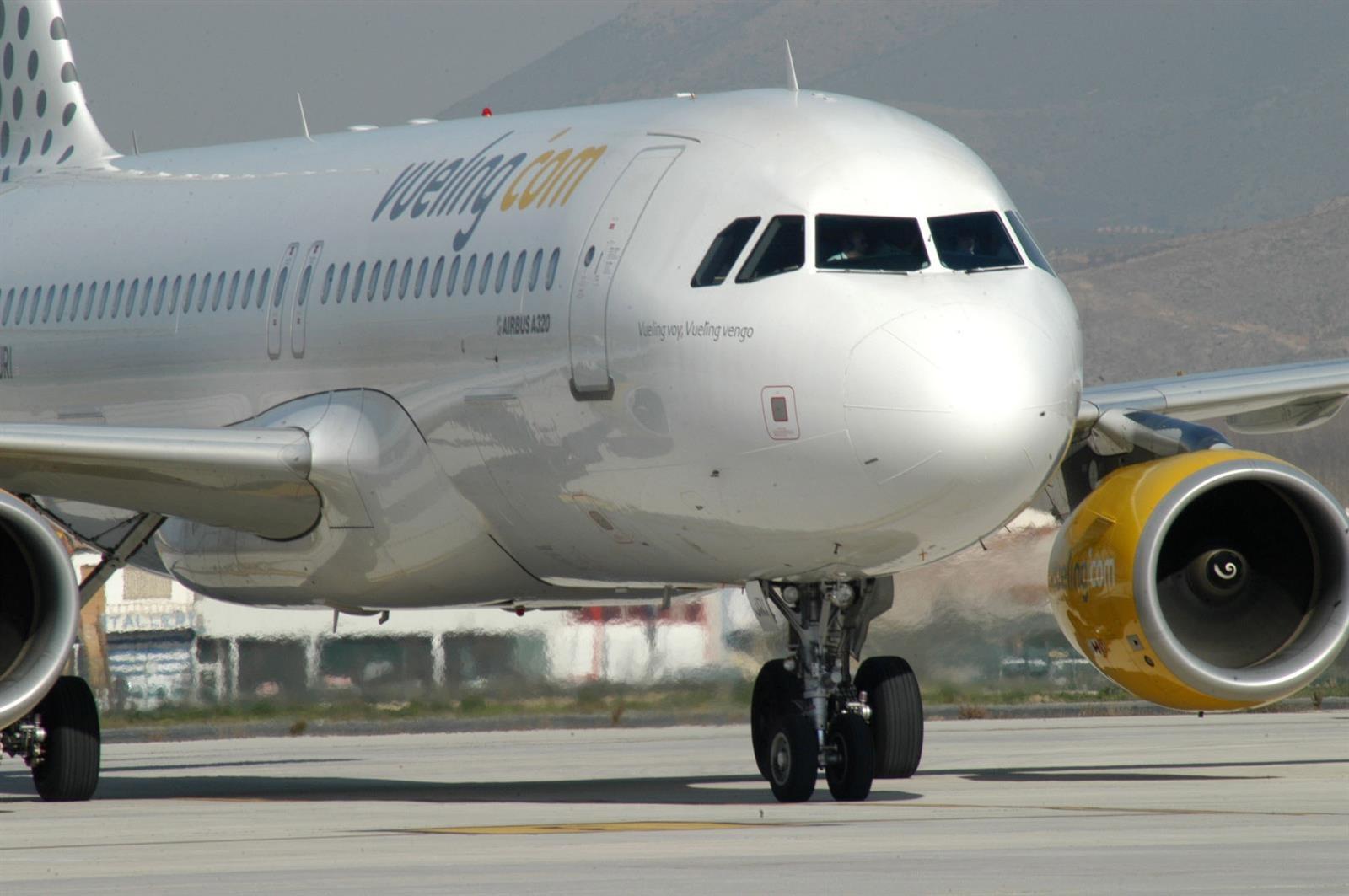 Vueling contará Granada con Ibiza y Menorca a partir de junio