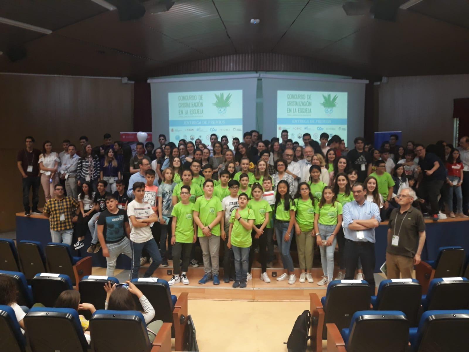 La final del Concurso de Cristalización en la Escuela de Andalucía reúne en Granada los trabajos de los 20 mejores equipos compuestos por casi un centenar de estudiantes