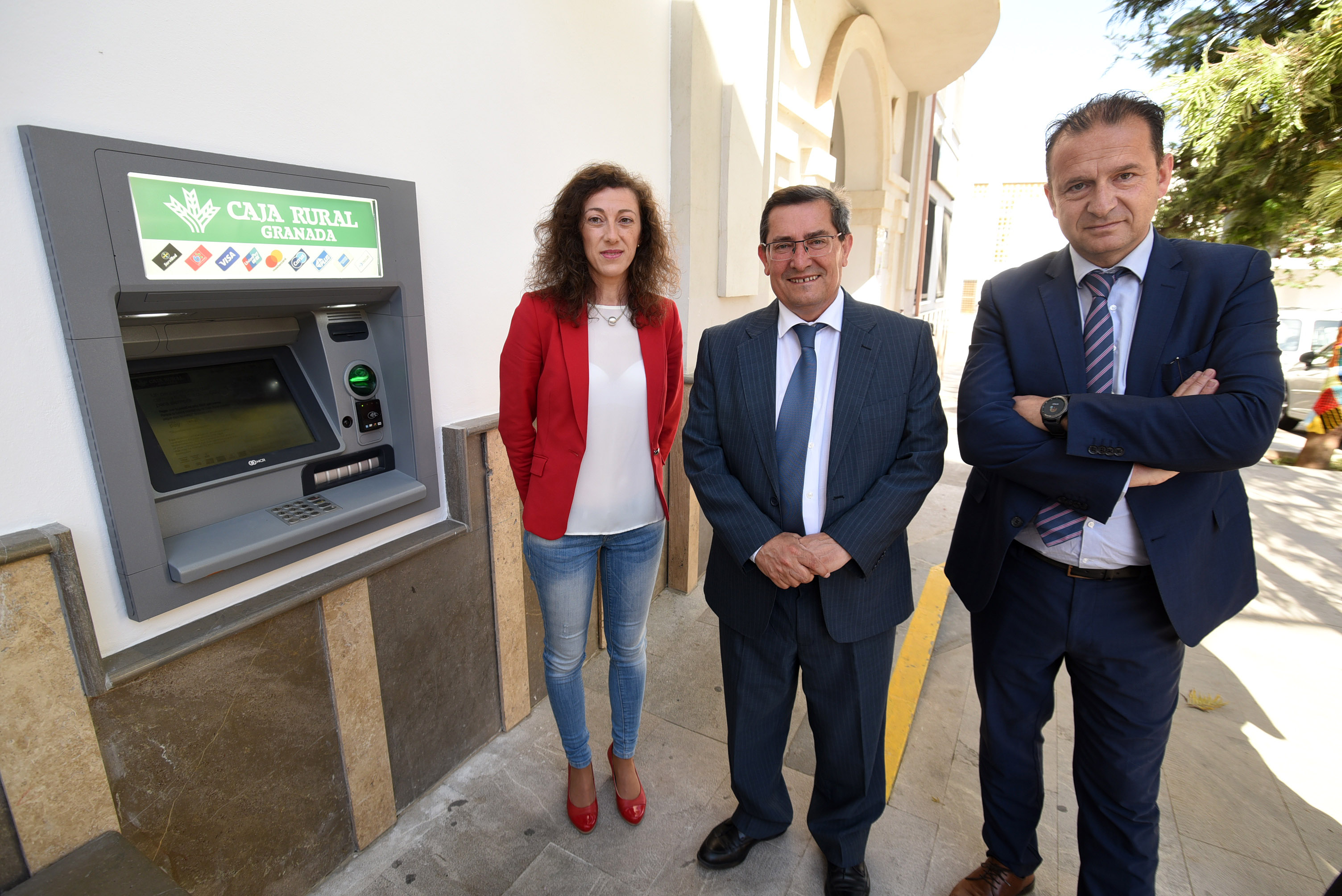 Calicasas vuelve a disponer de cajero automático después de 3 años sin servicios bancarios