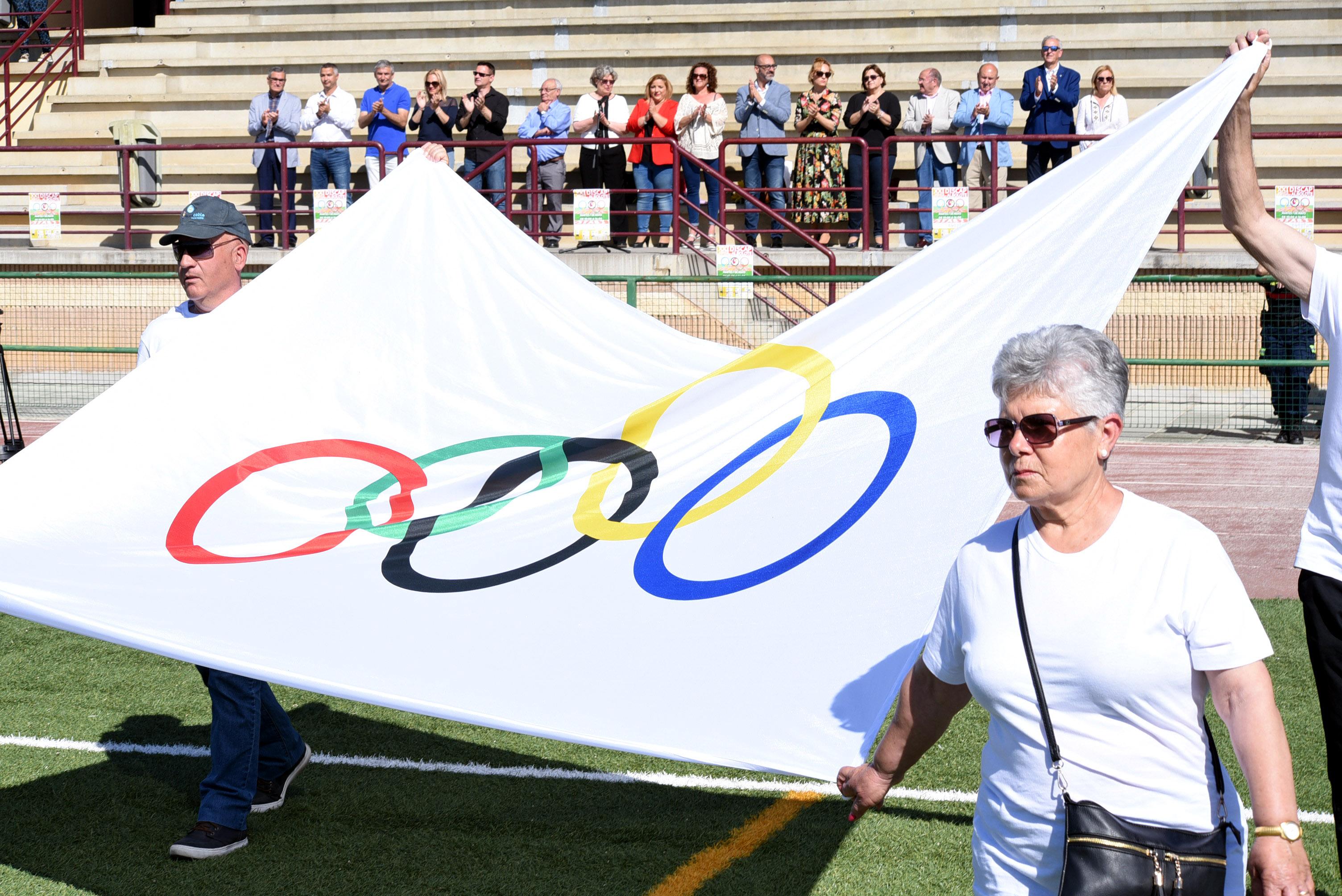16 centros ocupacionales de la provincia participan en los juegos deportivos Discap-Albolote