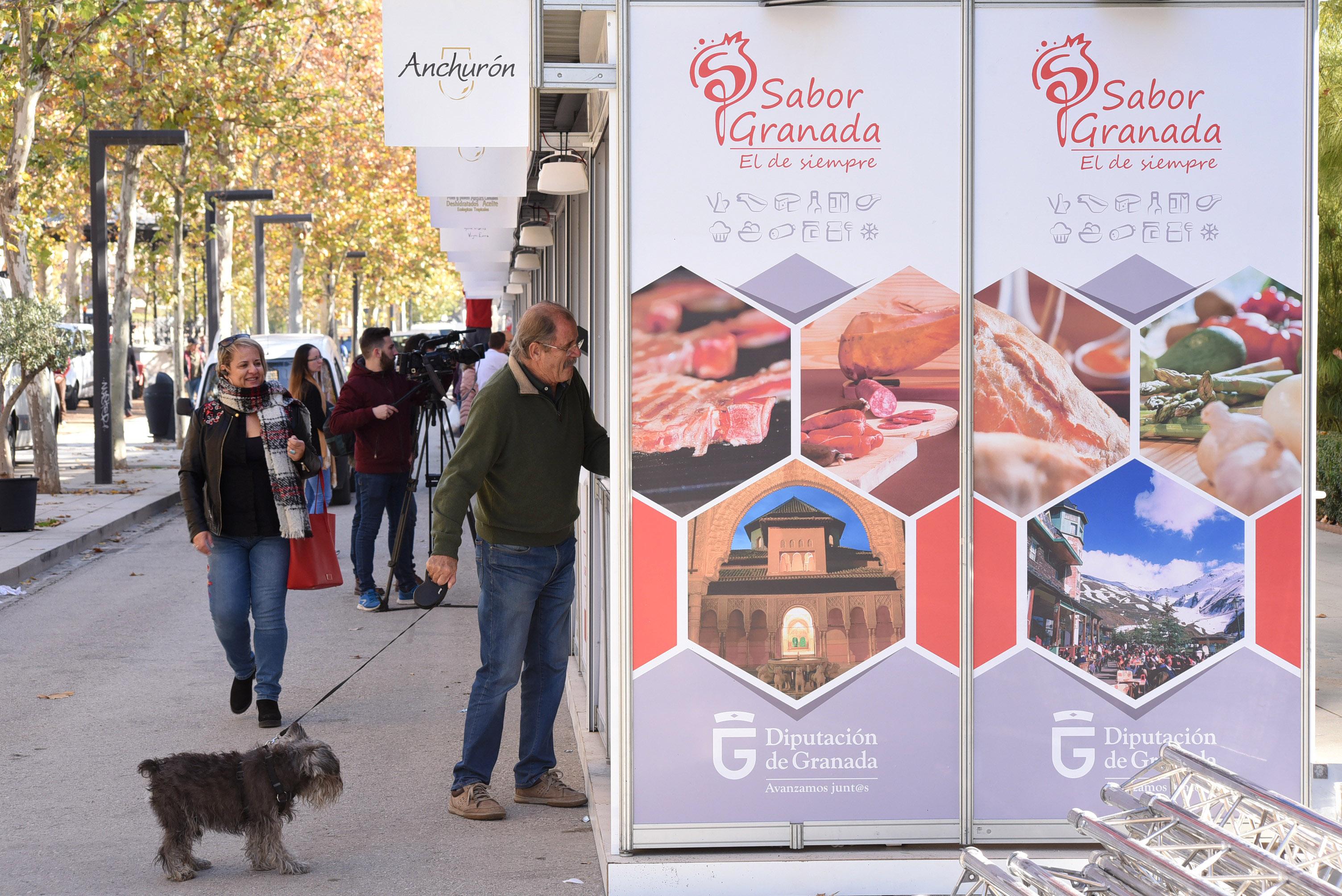 Los productos Sabor Granada se venderán en mercados comarcales por toda la provincia