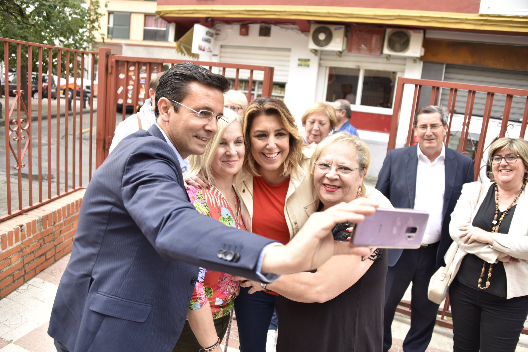#26M: Susana Díaz considera que Paco Cuenca «es lo mejor que le ha pasado a la ciudad»