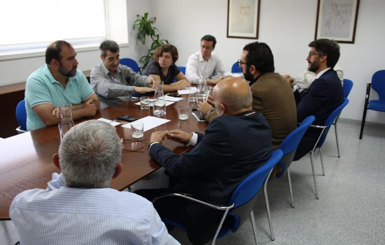 #26M: Defender al pequeño empresario, una de las cuestiones clave en la reunión entre Podemos IU Adelante y la CGE