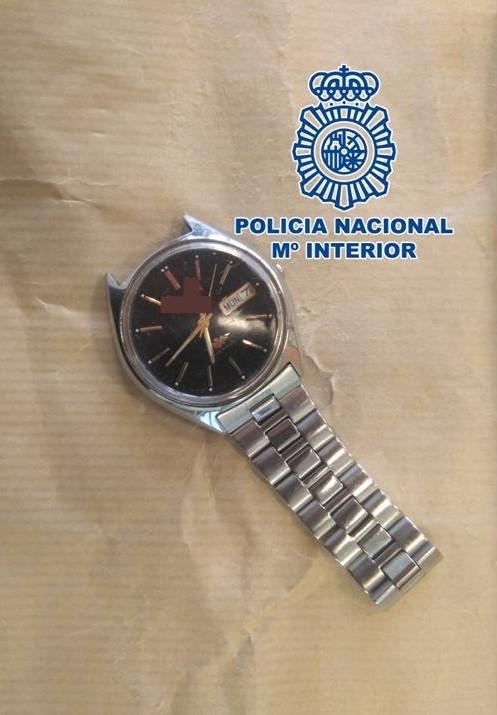 Localizado y detenido gracias al reloj que perdió en un atraco