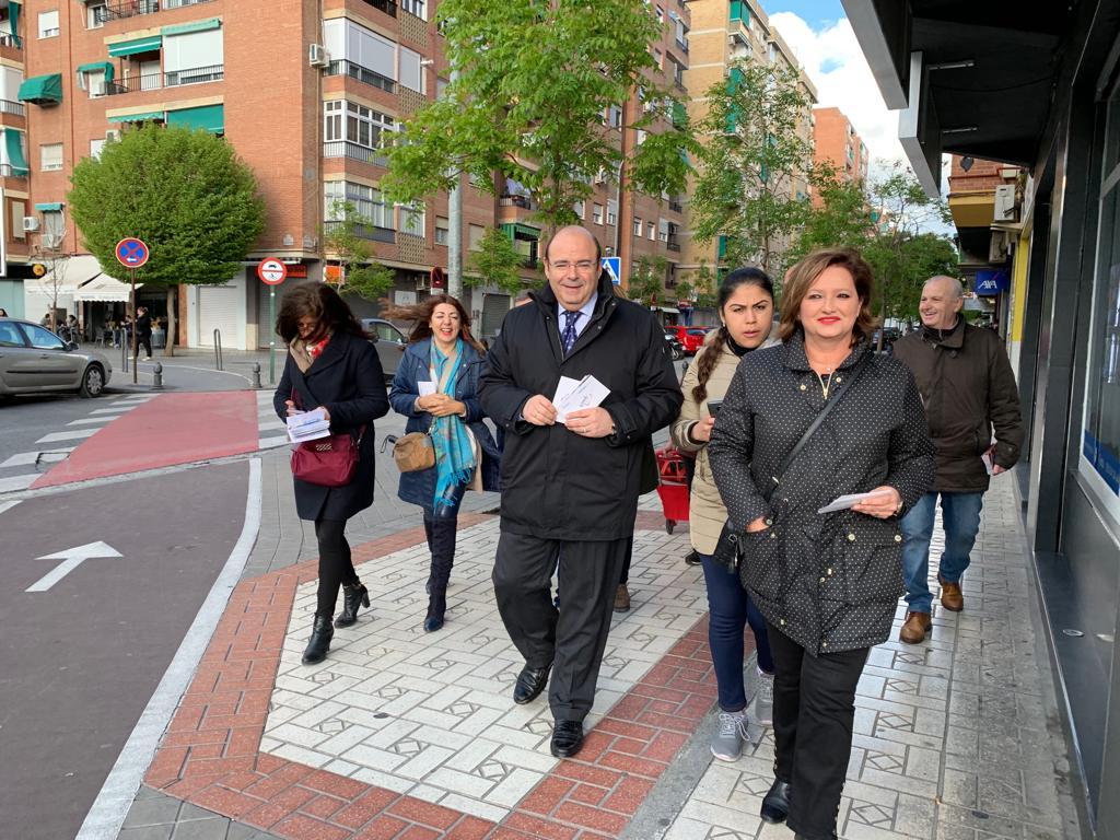 #26M:  Sebastián Pérez propone mejorar la iluminación en barrios, plazas y  monumentos de la capital apostando por la tecnología LED