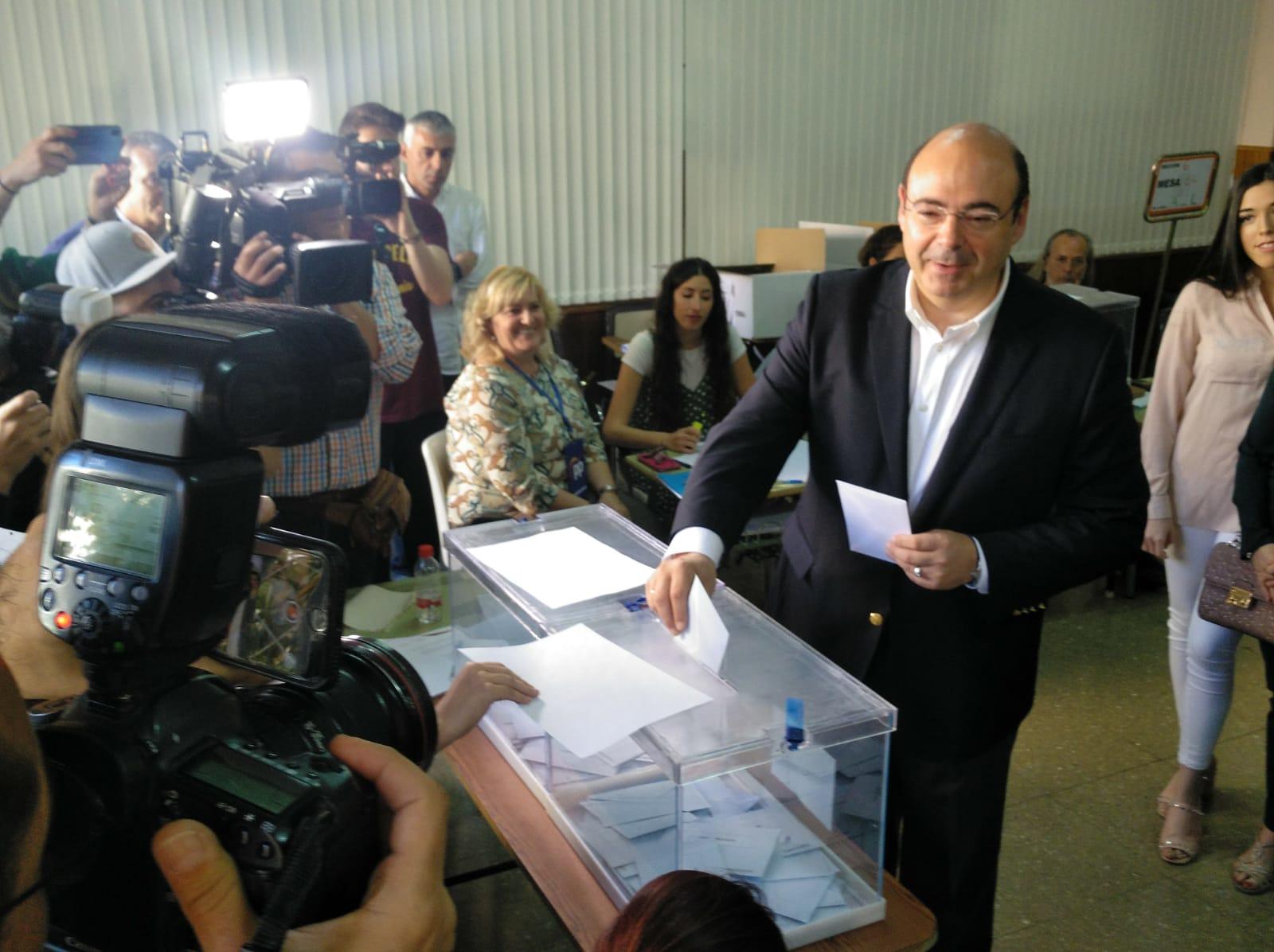 #26M: Sebastián Pérez llama a la movilización para que Granada sea «la ciudad de primera que todos deseamos»