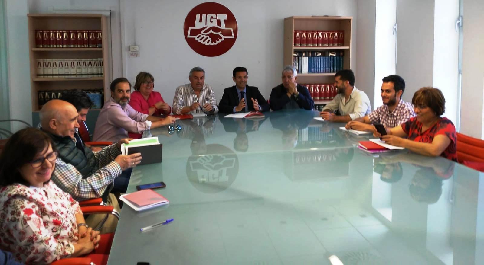 Los sindicatos hacen un llamamiento para la movilización masiva del voto en Granada