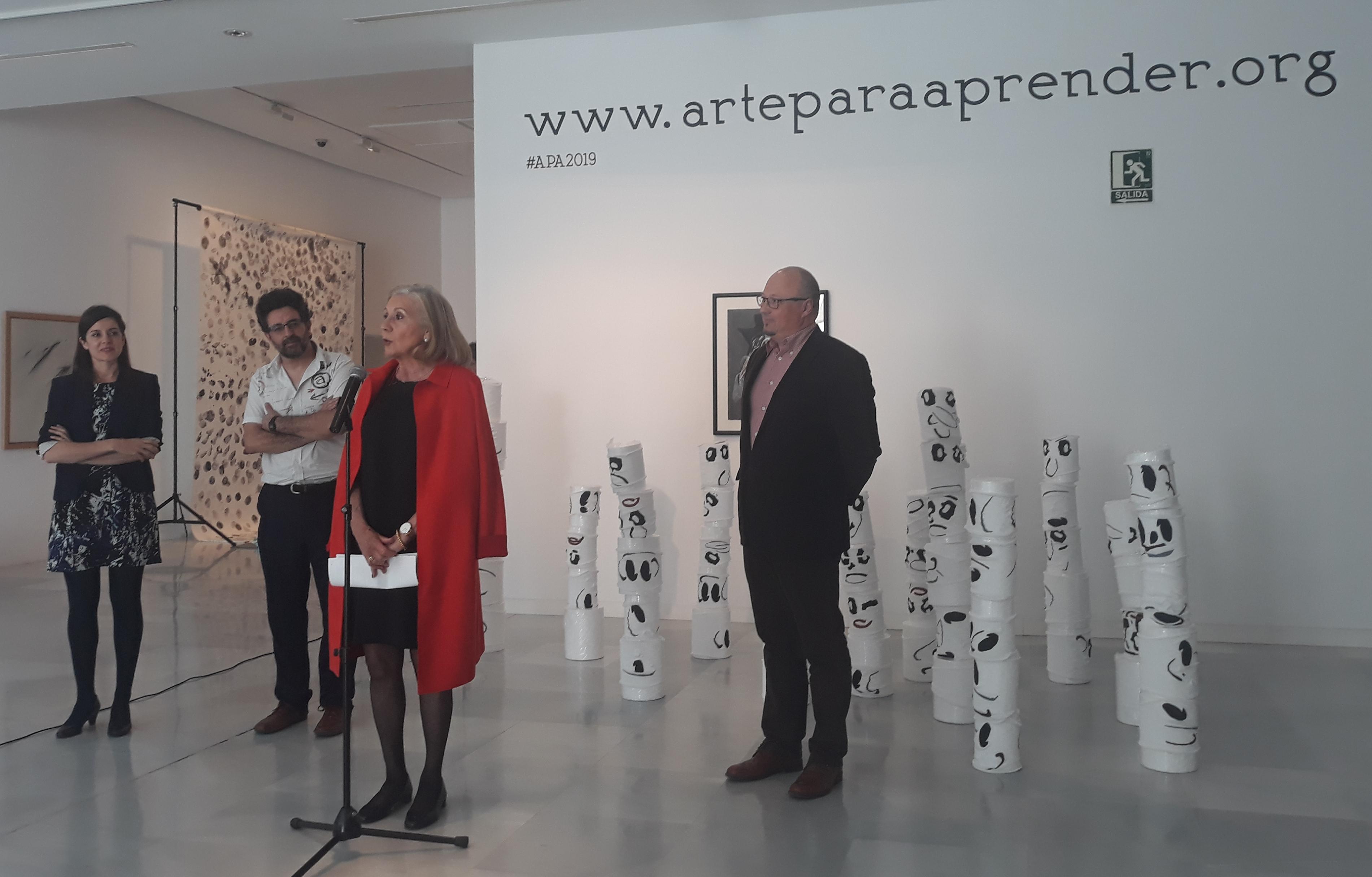 Los visitantes son artistas en la VII edición de 'Arte para aprender'