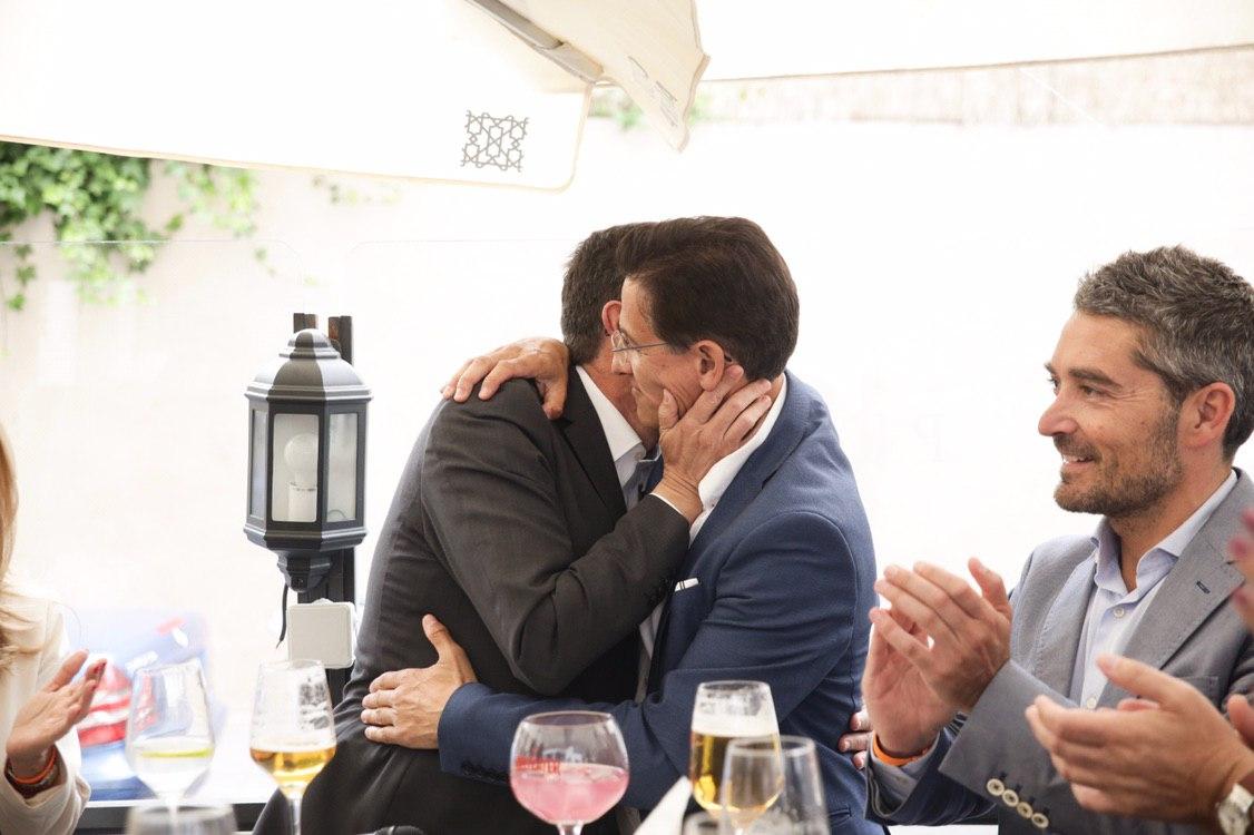 Marín afirma que, «en principio», Luis Salvador es el «alcalde de Granada para toda la legislatura»