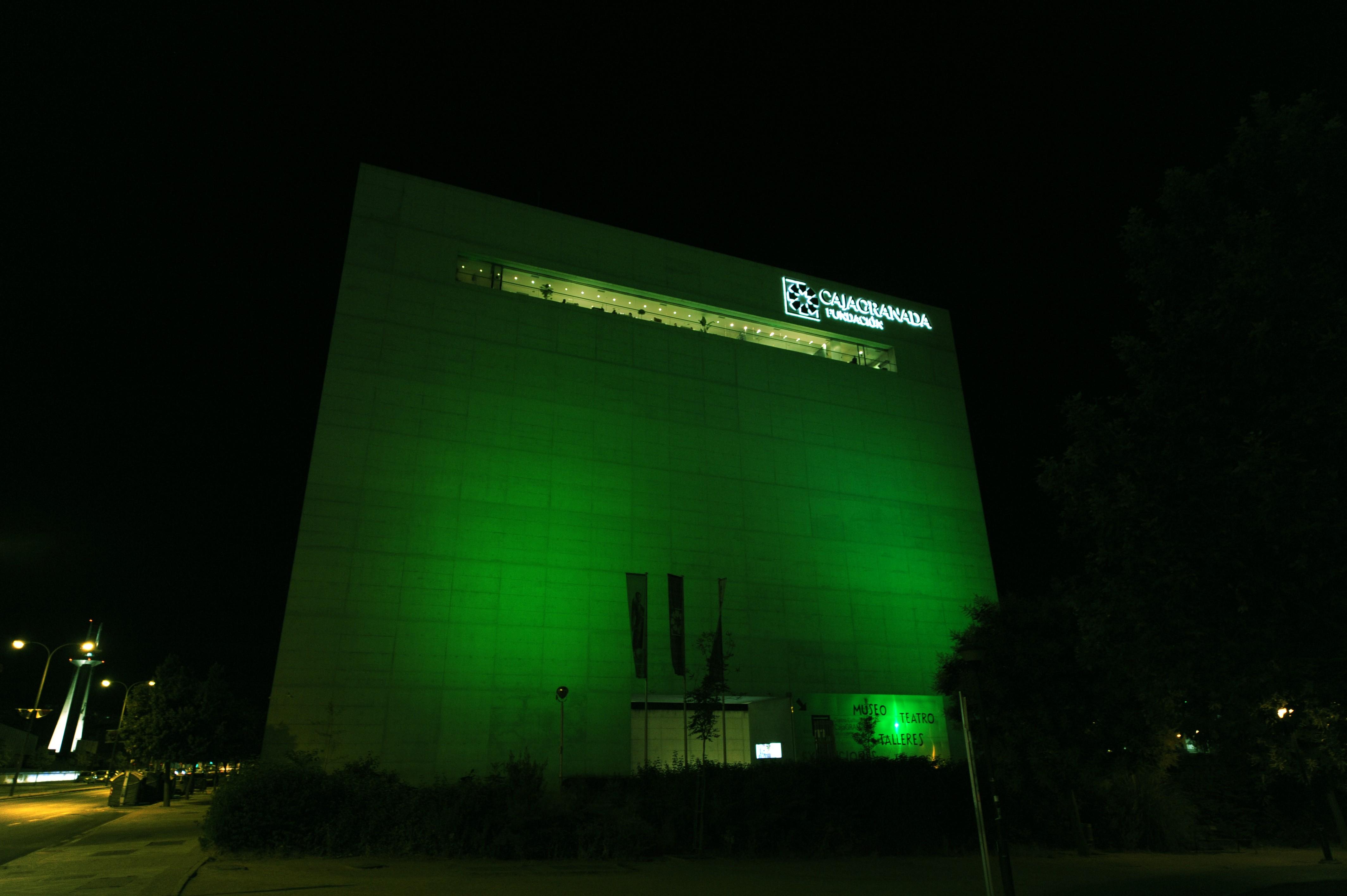 El Centro Cultural Memoria de Andalucía se ilumina en verde para visibilizar la lucha contra la ELA