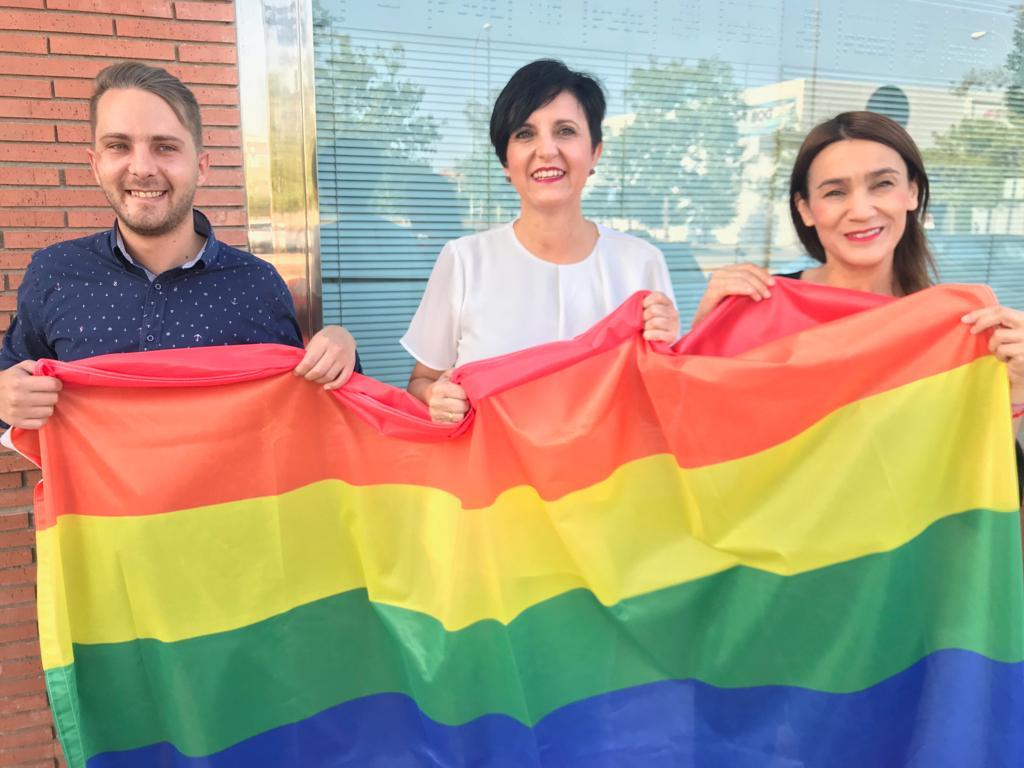 El PSOE pide mantener viva la lucha por la igualdad del colectivo LGTBI