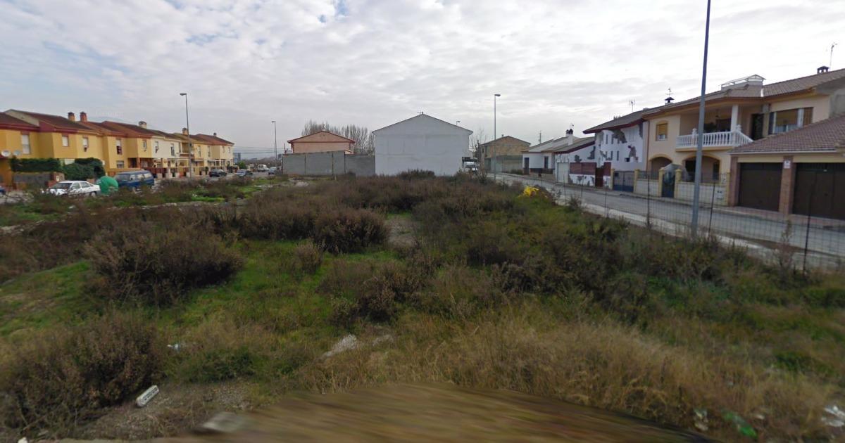 La Junta oferta en Granada suelo para 654 nuevas viviendas libres y protegidas