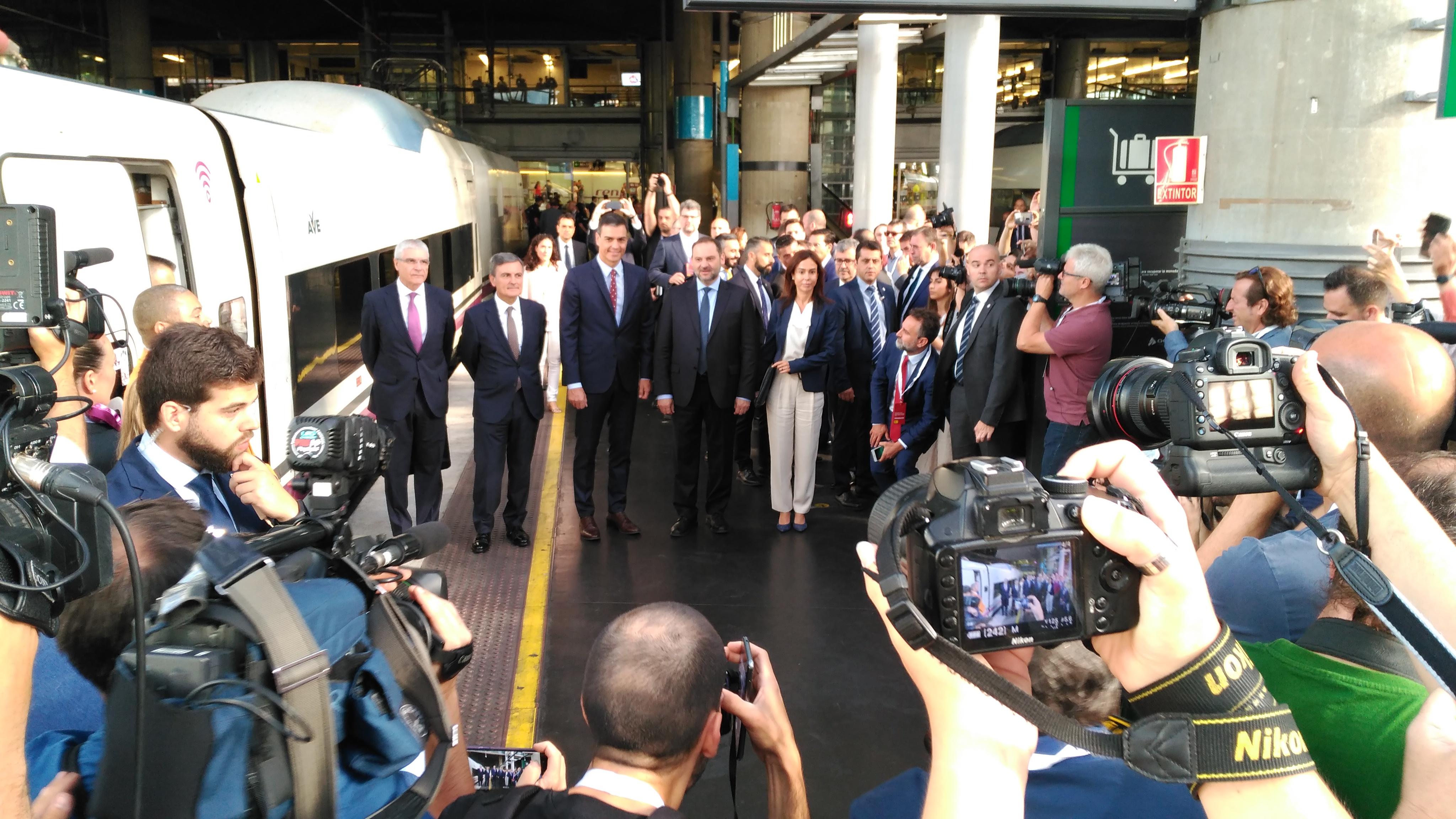 El AVE llega hoy a Granada con un viaje inaugural presidido por Pedro Sánchez