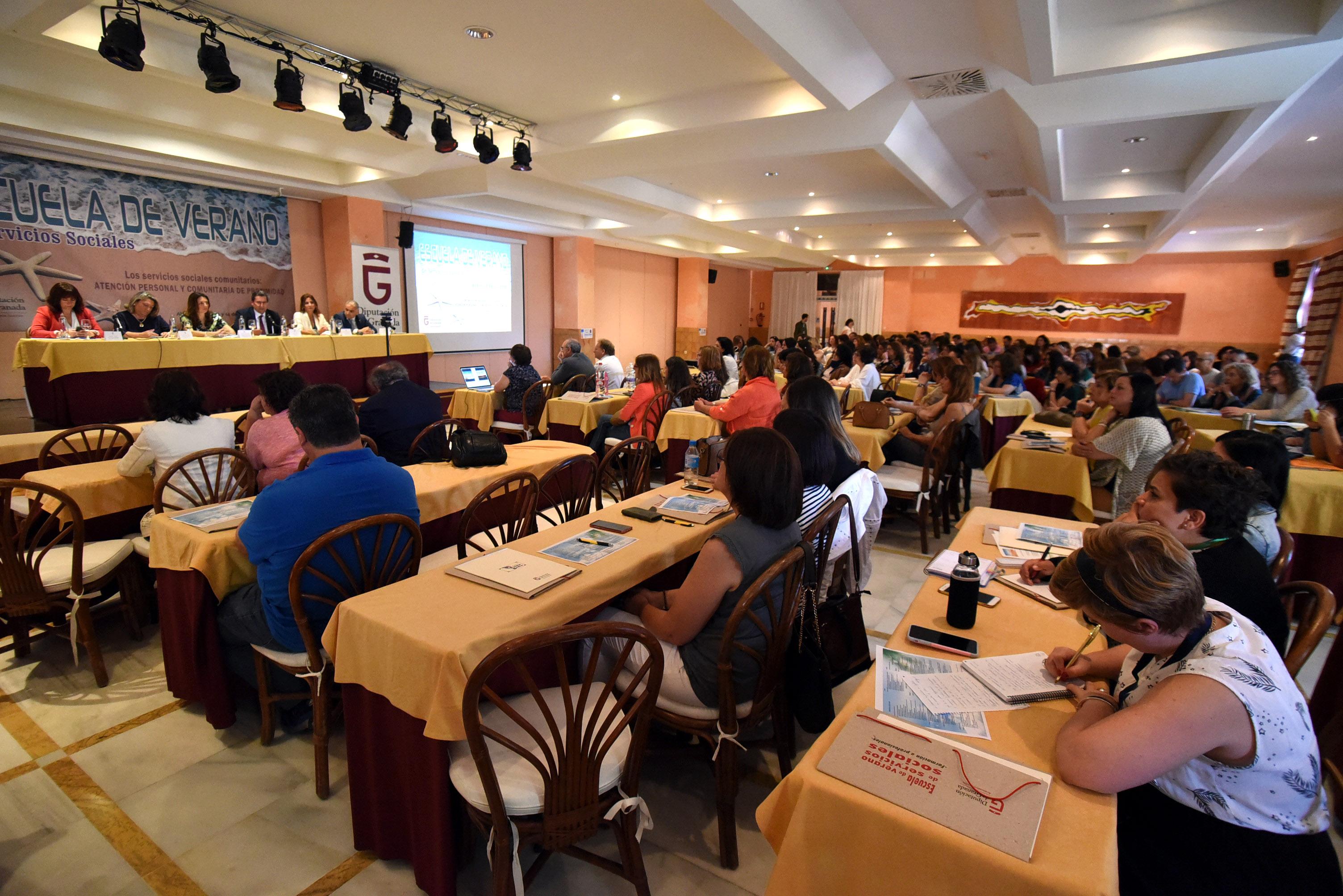 La Escuela de Verano de Diputación forma desde hoy a 250 profesionales de los servicios sociales