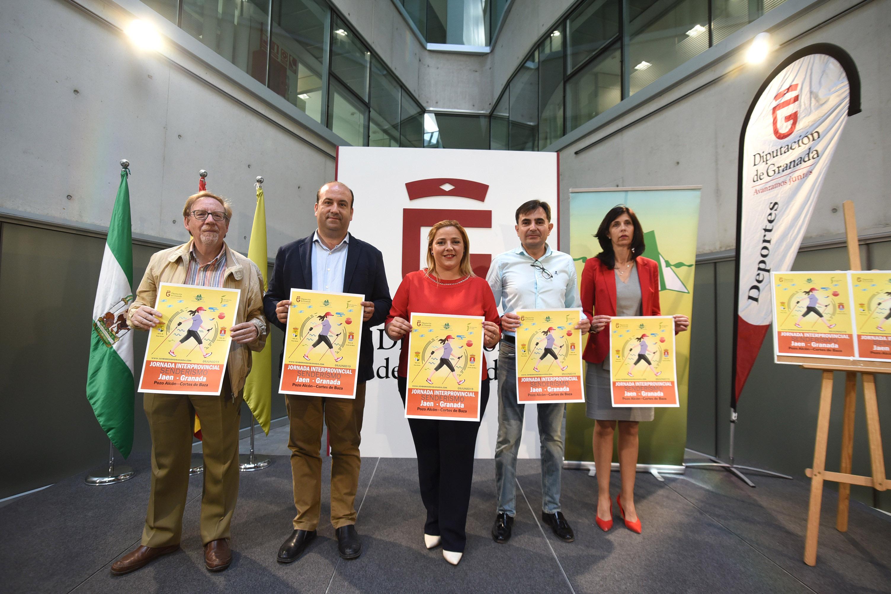 Las diputaciones de Granada y Jaén organizan una jornada de senderismo entre las dos provincias