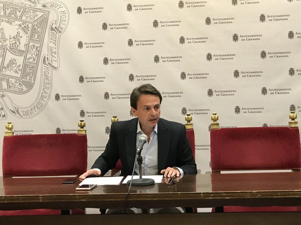 Fuentes pide a Cuenca «que acepte que su tiempo se ha acabado»