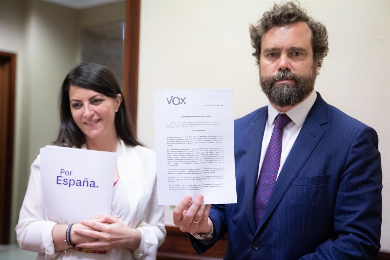 Olona: «Vox Granada se acostó el viernes con un acuerdo de gobierno a tres» en que el PP «asumía la alcaldía»