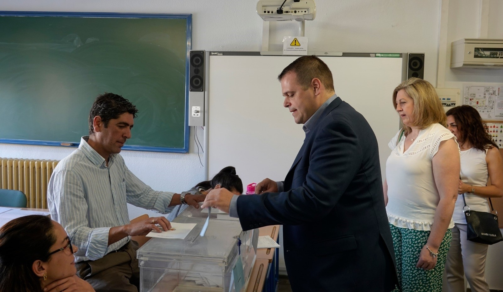 El candidato a la alcaldía por Vox, denunciará a Sebastián Pérez ante la Agencia de Protección de Datos
