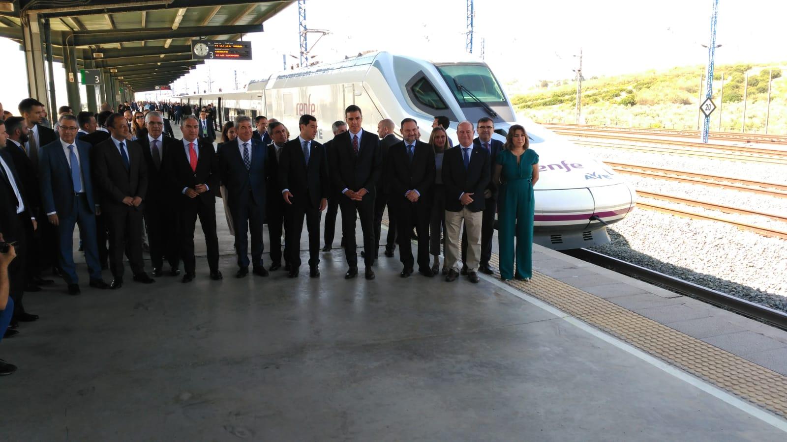 Así ha sido el primer viaje en AVE a Granada