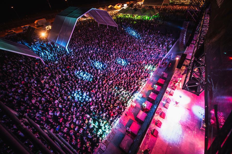 El bull Music se cierra con más de  de 25.000 asistentes