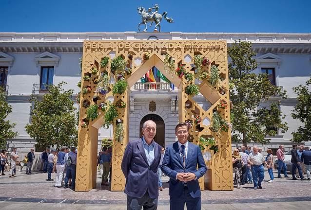 """Cervezas Alhambra vuelve a dar la bienvenida al Corpus """"chico"""" con la portada más inclusiva y participativa"""