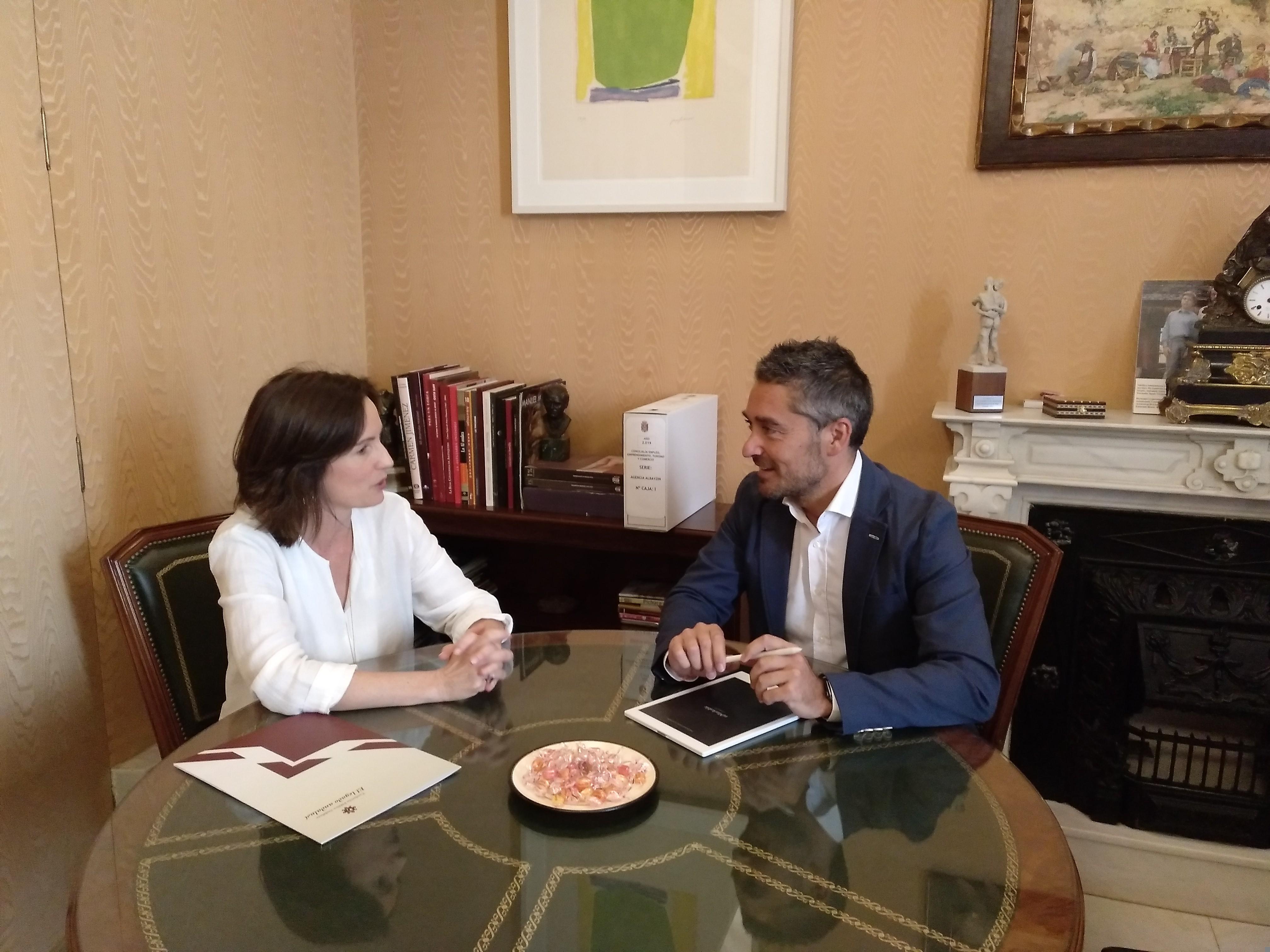 El Ayuntamiento y Legado Andalusí colaborarán en la difusión del patrimonio nazarí