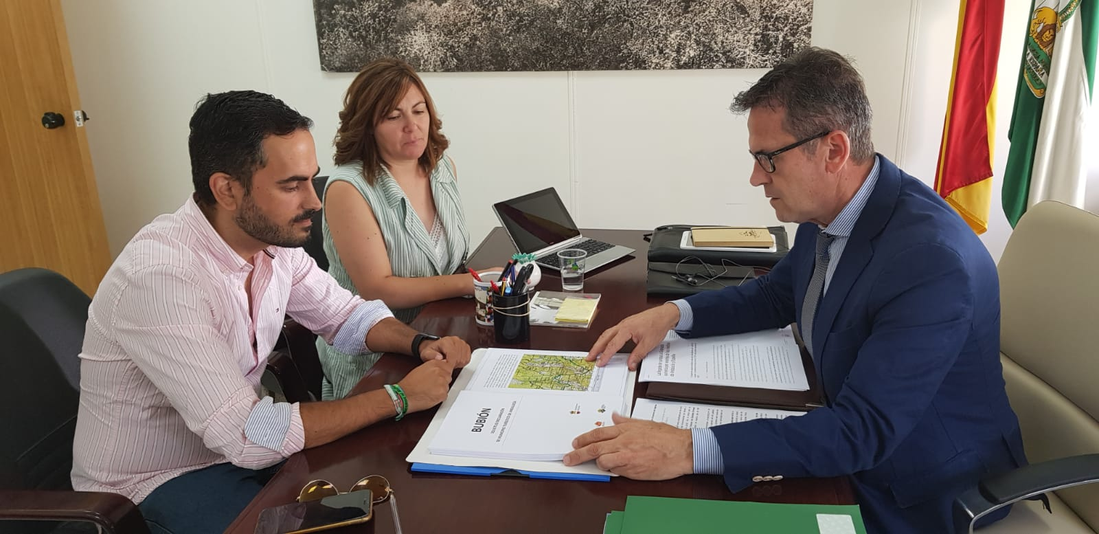 La Junta estudia la solicitud de Bubión para ser declarado municipio turístico de Andalucía