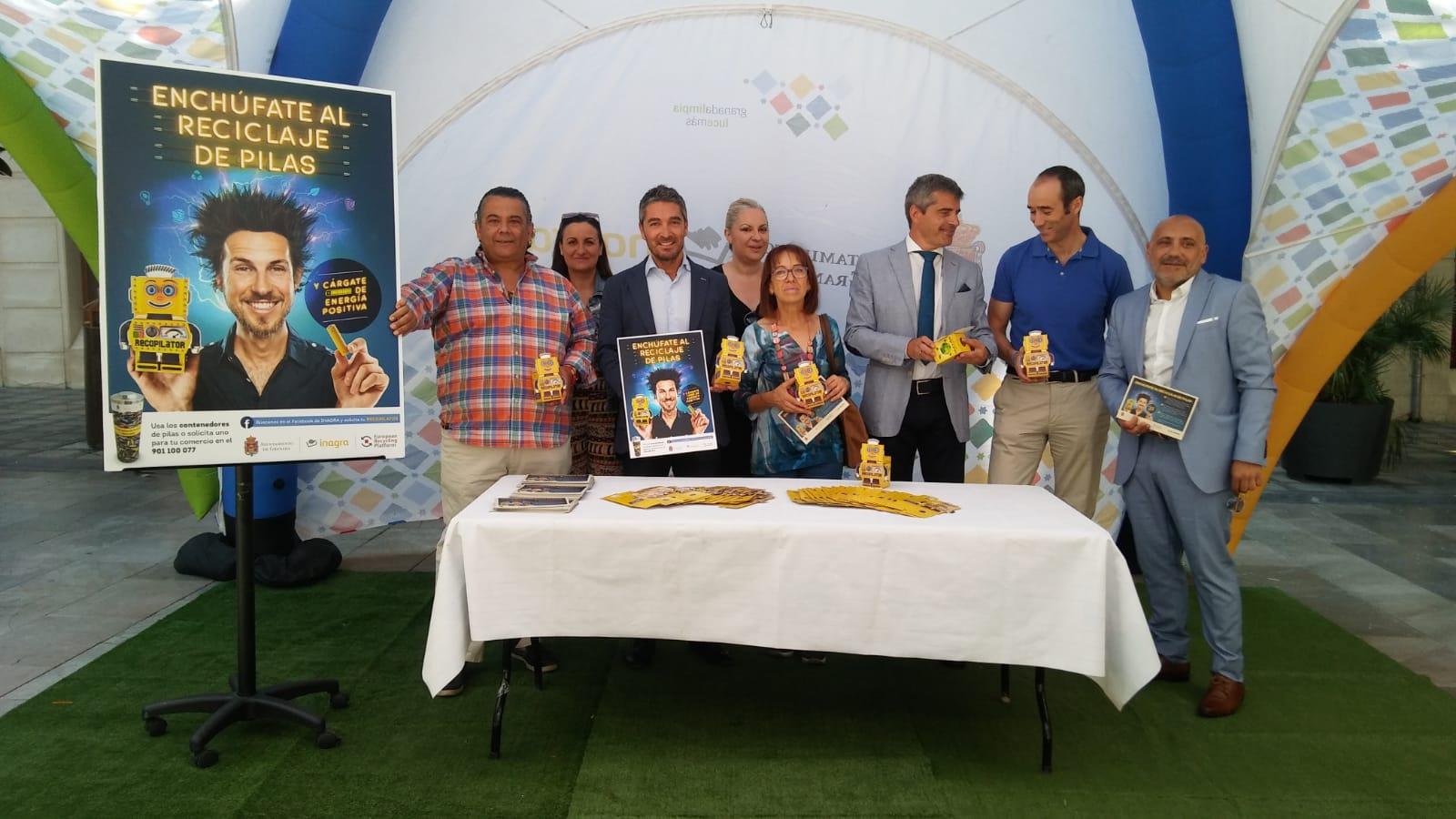 'Enchúfate al reciclaje de pilas y cárgate de energía positiva', la nueva campaña del Ayuntamiento para superar las 20 toneladas de pilas recicladas