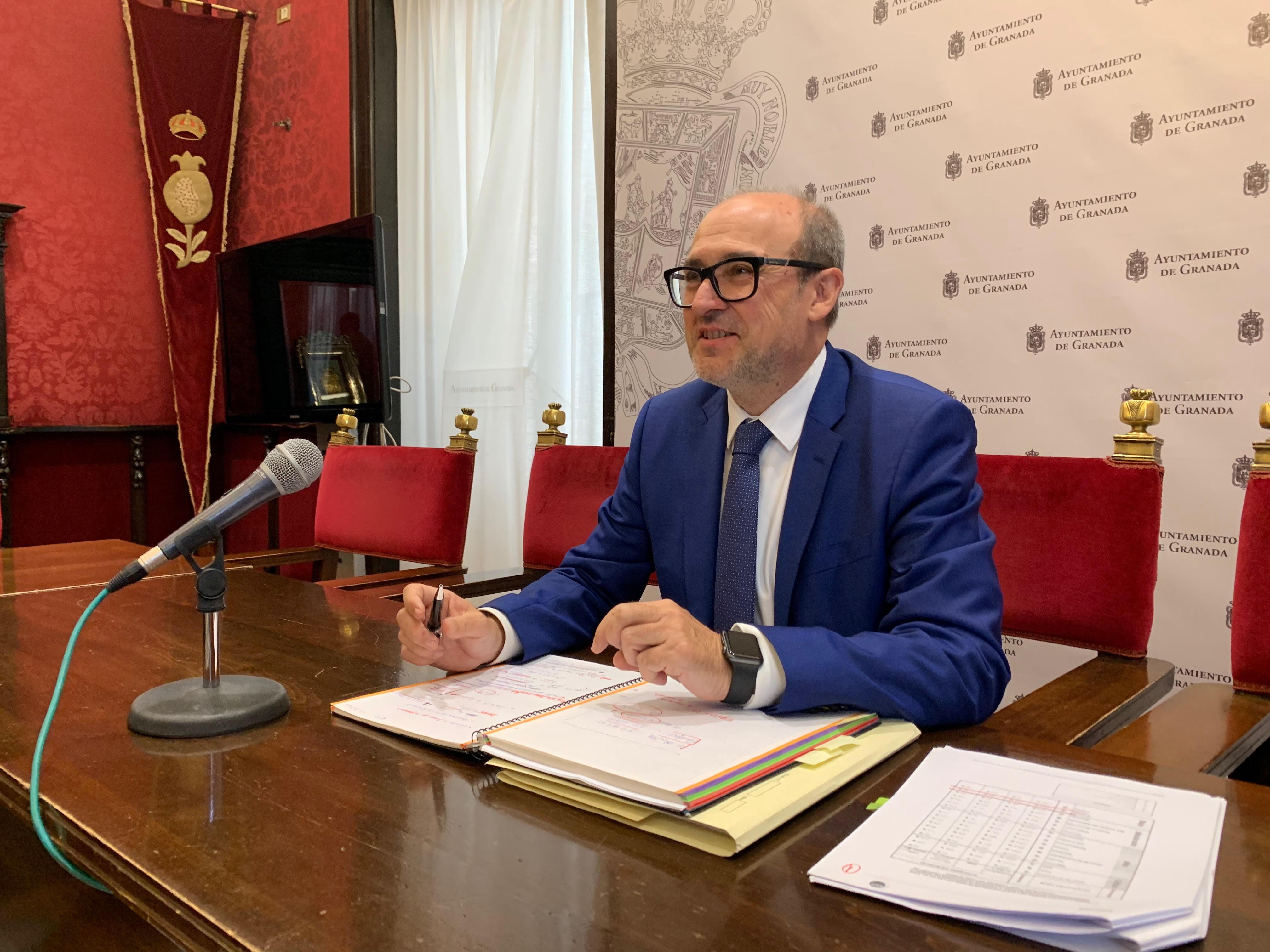 El PSOE lamenta el ridículo de Granada con los fondos de empleo por la gestión de Luis Salvador