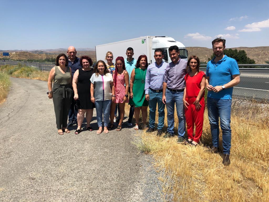 El PSOE exige a la Junta que «no frene» la reforma de la carretera de acceso a Purullena desde la A-92