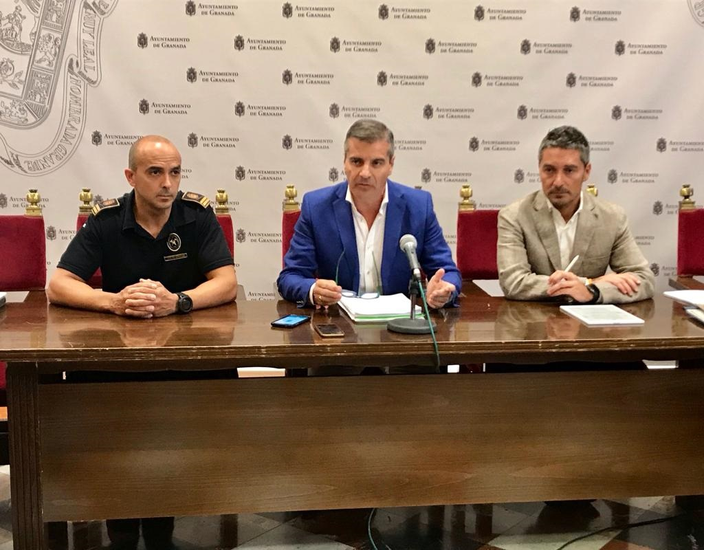 Gustavo Molino renueva como jefe de Bomberos de Granada